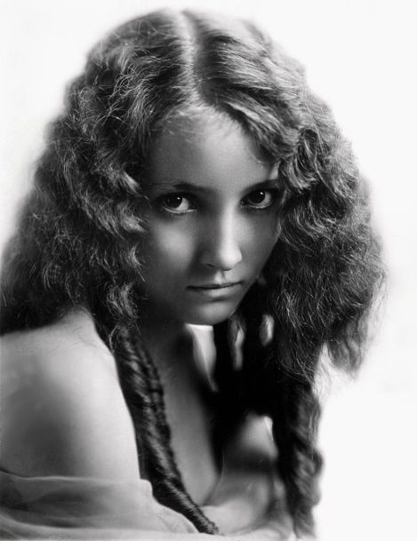 Bessie Love (1898-1986)