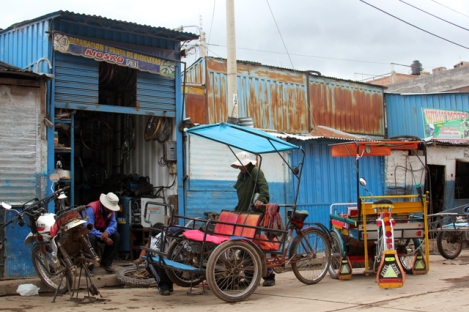 Bicycle Repair Shop in Puno