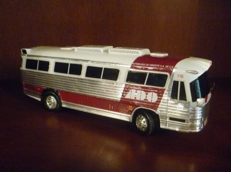Model of an ADO Bus With 1980s Logo