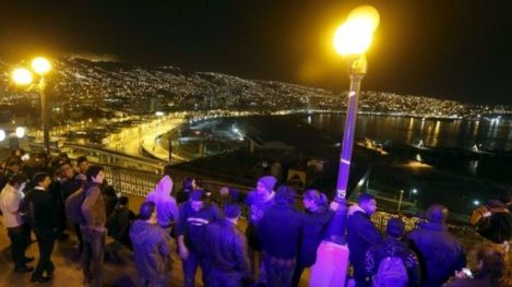 Crowds Gather on High Ground in Valparaíso