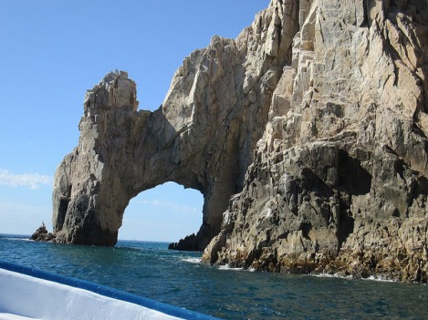 Harbor Cruise to See the Arch at Cabo